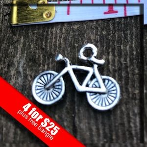 ❤️4 for $25❤️ Silver Bicycle Charm NWOT